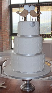 Ell Cake1
